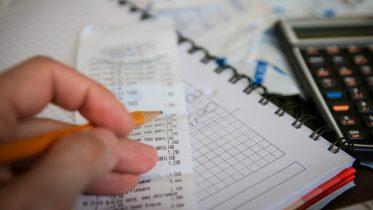 impôt prélevé à la source indépendants