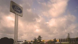 Ford investi dans l'électrique voiture