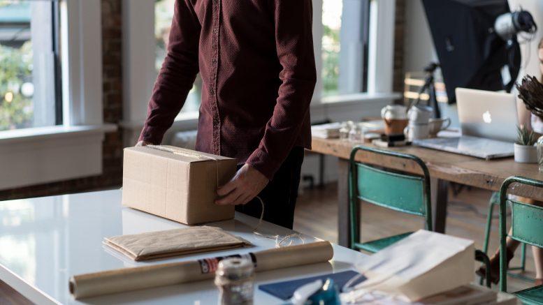 eeks transport de colis entre particuliers business and co. Black Bedroom Furniture Sets. Home Design Ideas
